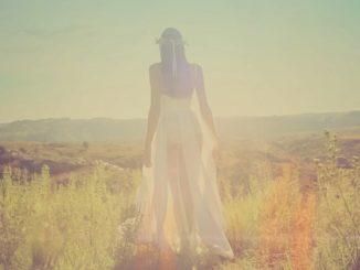 Jaké šaty nosit, když není vaše postava ideální?